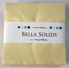 Bella Solids Snow, Charm Pack